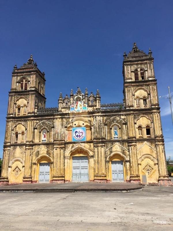 Nhân mùa Giáng sinh: Ngắm vẻ đẹp những nhà thờ Nam Định-2