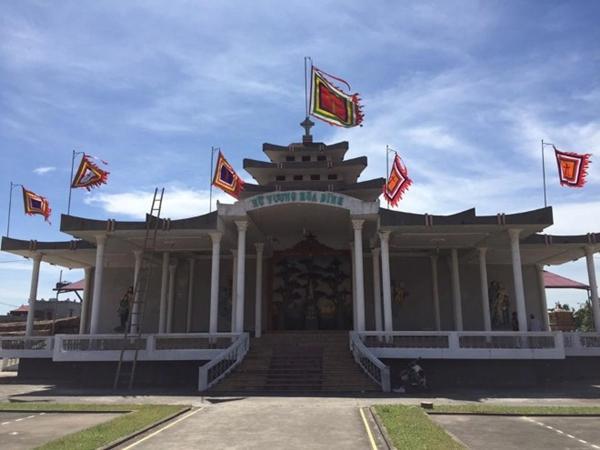 Nhân mùa Giáng sinh: Ngắm vẻ đẹp những nhà thờ Nam Định-3
