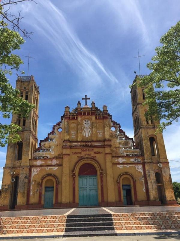 Nhân mùa Giáng sinh: Ngắm vẻ đẹp những nhà thờ Nam Định-6