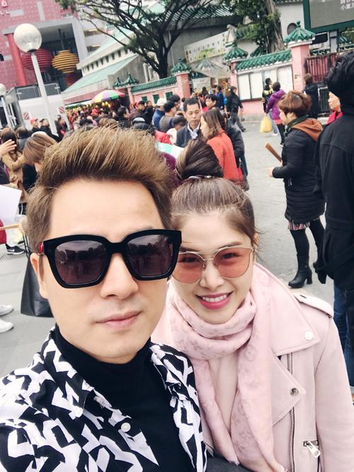 Vợ chồng Đăng Khôi choáng vì cảnh mua hàng hiệu như đi chợ ở Hong Kong-10