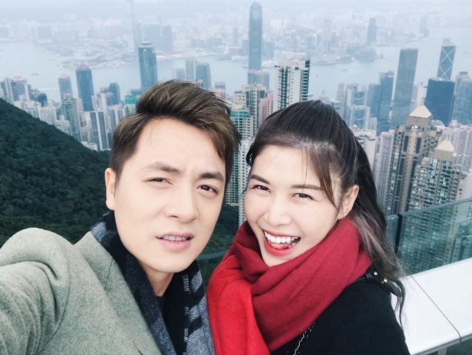 Vợ chồng Đăng Khôi choáng vì cảnh mua hàng hiệu như đi chợ ở Hong Kong-13