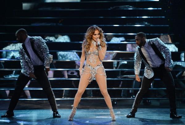 100 triệu USD là cái giá phải trả cho 2 năm biểu diễn của Lady Gaga tại Las Vegas!-11