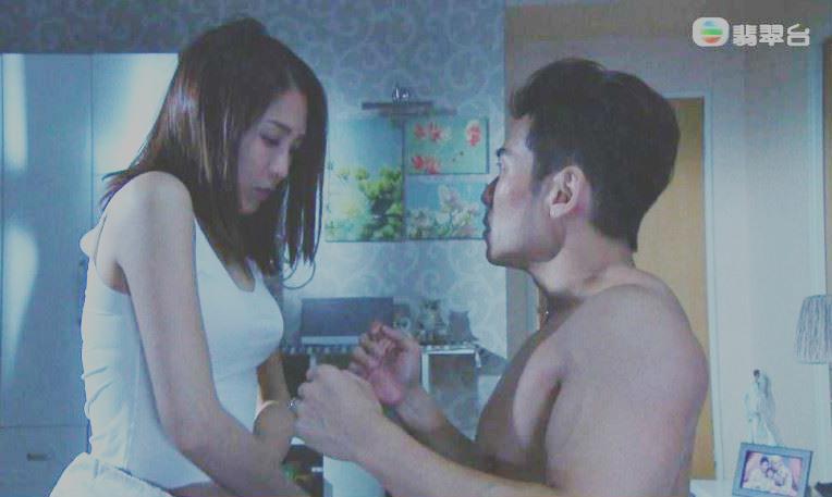 Nỗi khổ của tài tử TVB phải đóng cảnh giường chiếu từ đêm tới sáng-2