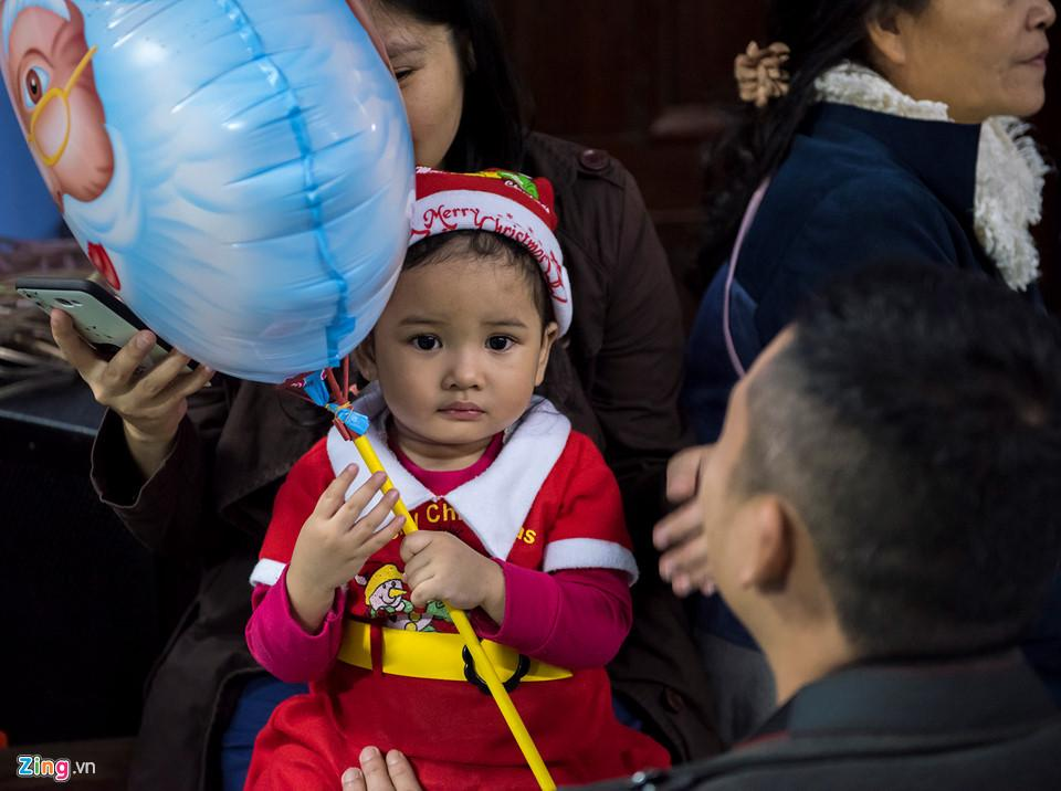 Những khoảnh khắc đón Noel ở cố đô Huế-8