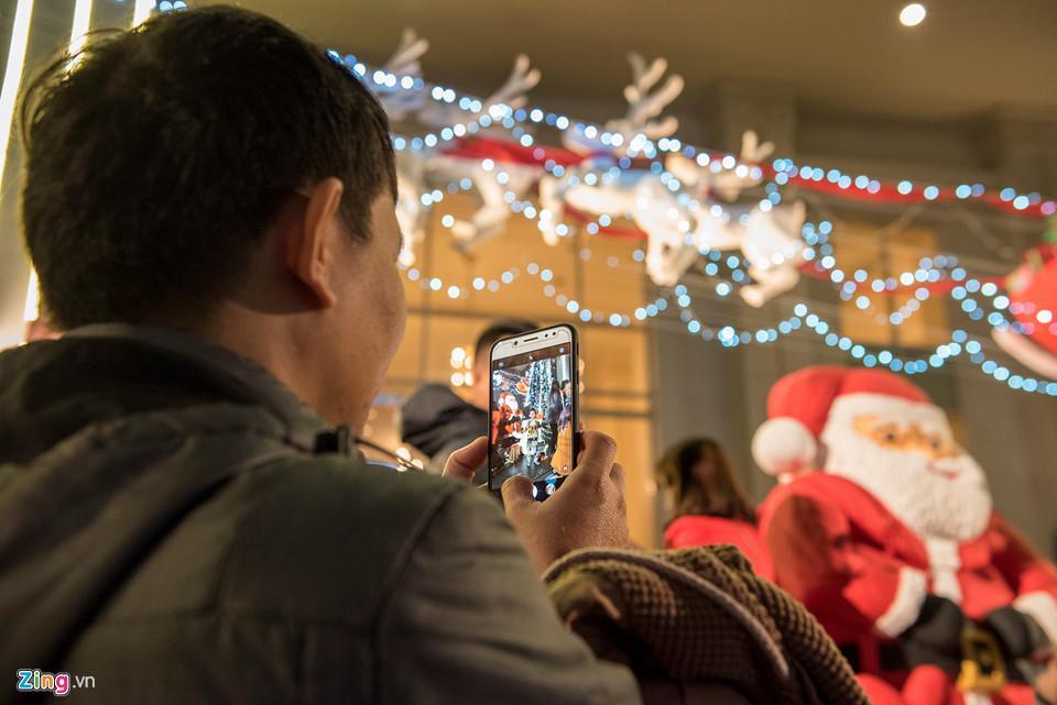 Những khoảnh khắc đón Noel ở cố đô Huế-9