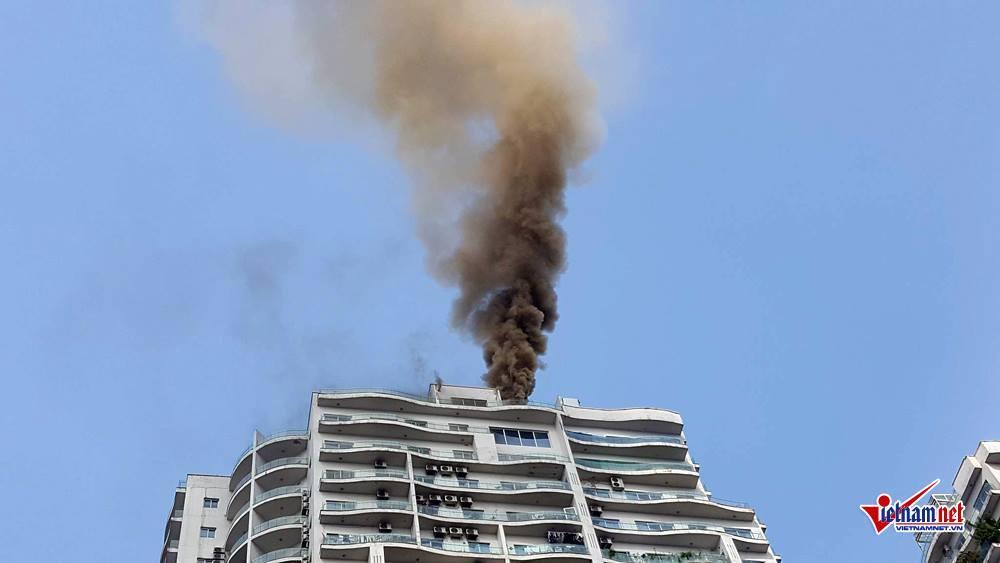 Hà Nội: Cháy tầng 25 tòa chung cư trên phố Hoàng Hoa Thám-1