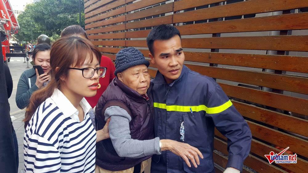 Hà Nội: Cháy tầng 25 tòa chung cư trên phố Hoàng Hoa Thám-2