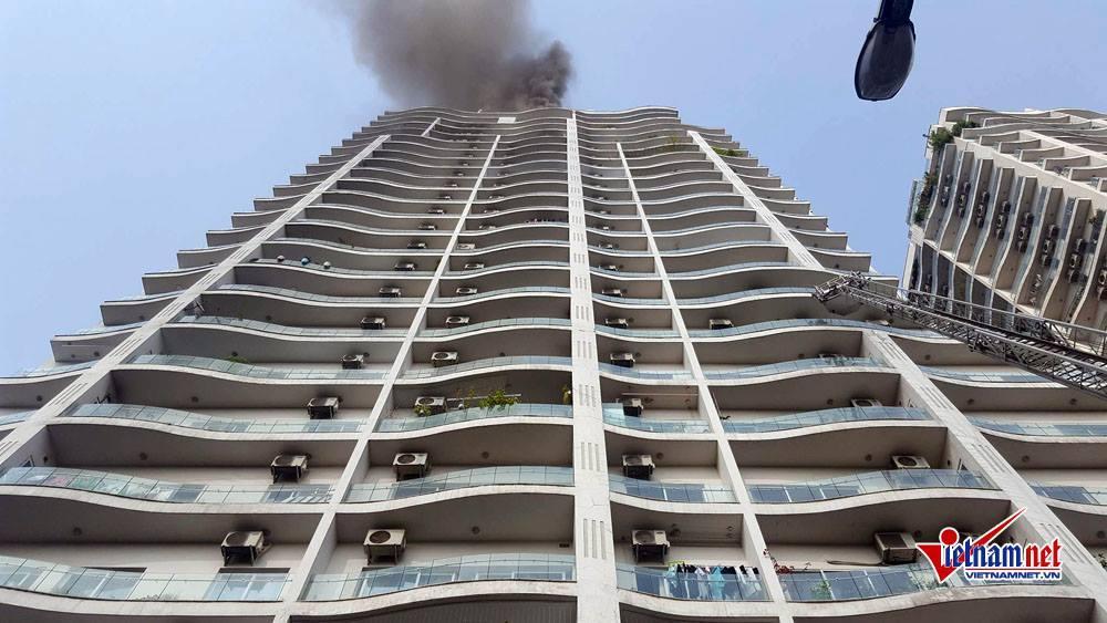 Hà Nội: Cháy tầng 25 tòa chung cư trên phố Hoàng Hoa Thám-9
