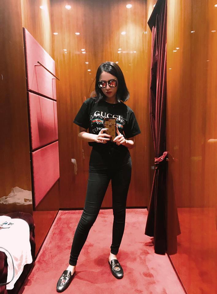 Hương Giang Idol tạo dáng nhanh như tia chớp, không kém các người mẫu nổi danh-4