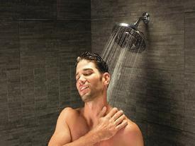 Điều gì xảy ra nếu chúng ta ngừng tắm mãi mãi?