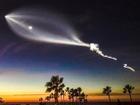Elon Musk 'đùa như thật' về chùm sáng tựa UFO trên bầu trời đêm