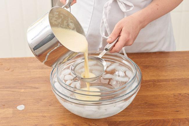 Công thức làm kem vani cơ bản-6