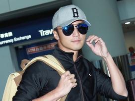 Tạ Đình Phong bị chỉ trích khi bỏ bê 2 con trai để đón giáng sinh bên người tình Vương Phi