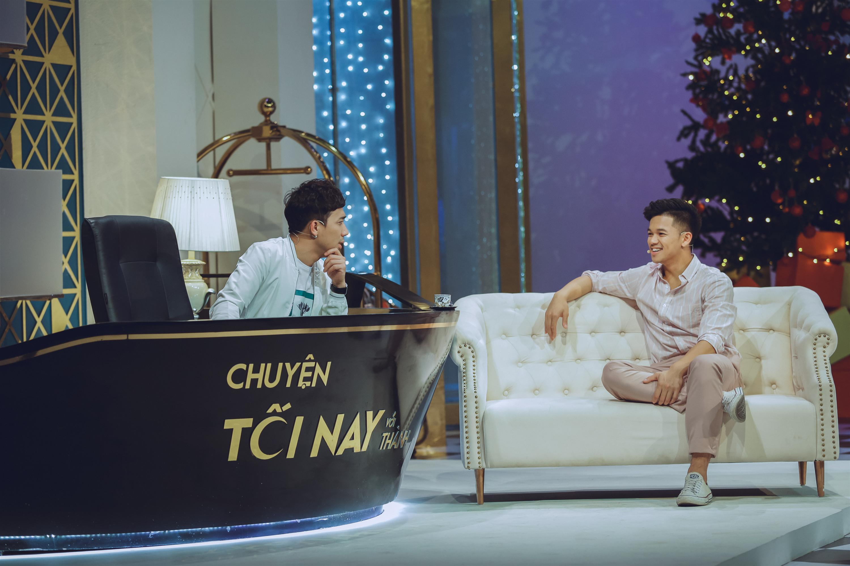 Quá phấn khích, Quán quân Idol Trọng Hiếu đòi hôn Trấn Thành ngay trên truyền hình-2