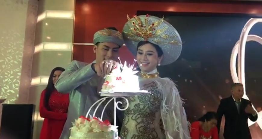 Cùng kết hôn năm 2017, đám cưới của sao Việt nào tạo ấn tượng đẹp nhất làng showbiz?-5