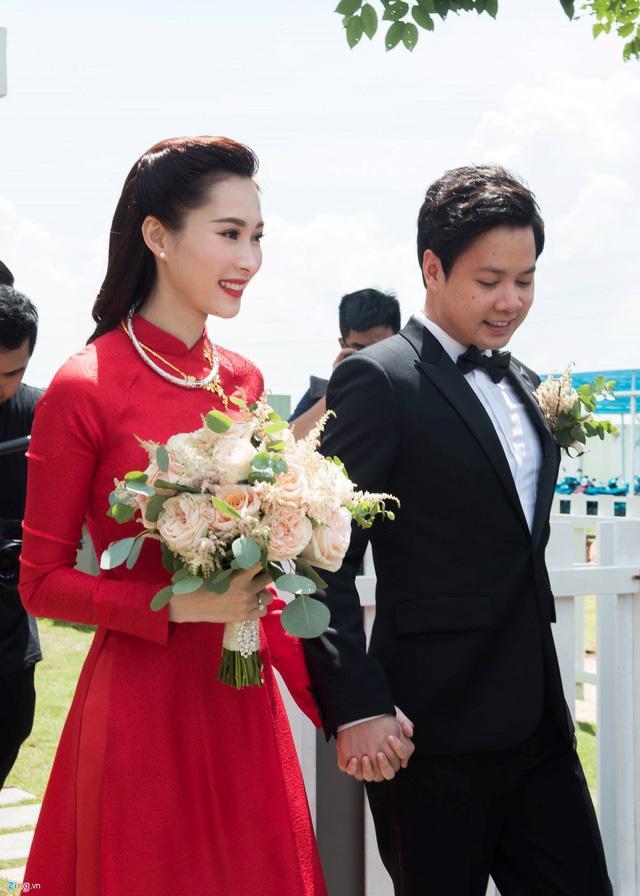 Cùng kết hôn năm 2017, đám cưới của sao Việt nào tạo ấn tượng đẹp nhất làng showbiz?-7