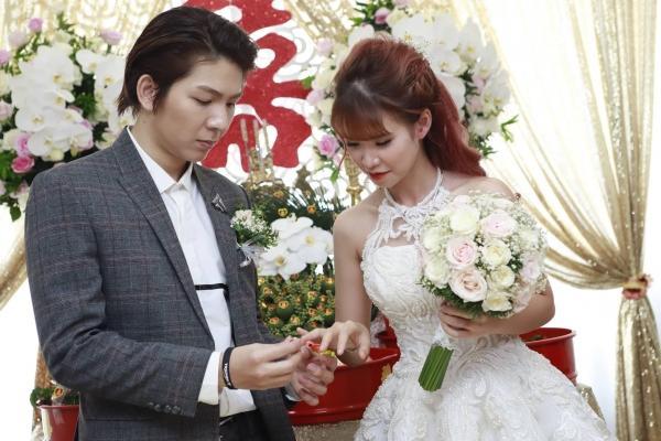 Cùng kết hôn năm 2017, đám cưới của sao Việt nào tạo ấn tượng đẹp nhất làng showbiz?-11