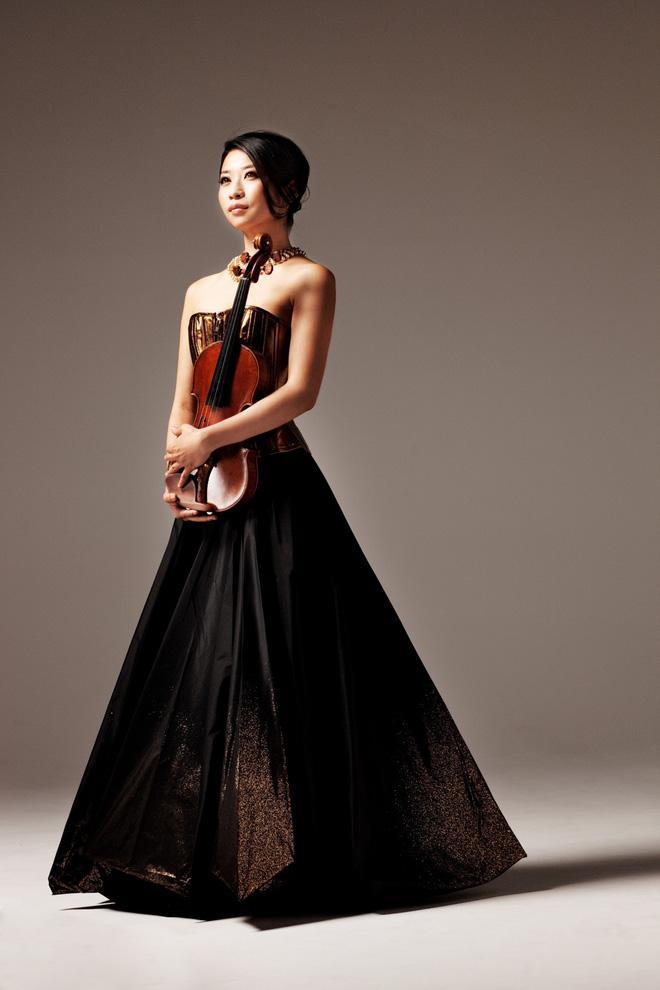 Bông hồng violin Kawakubo Tamaki tái ngộ khán giả Việt sau 8 năm-1