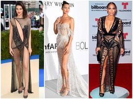 10 bộ váy 'mặc như không' của sao Hollywood trong năm qua