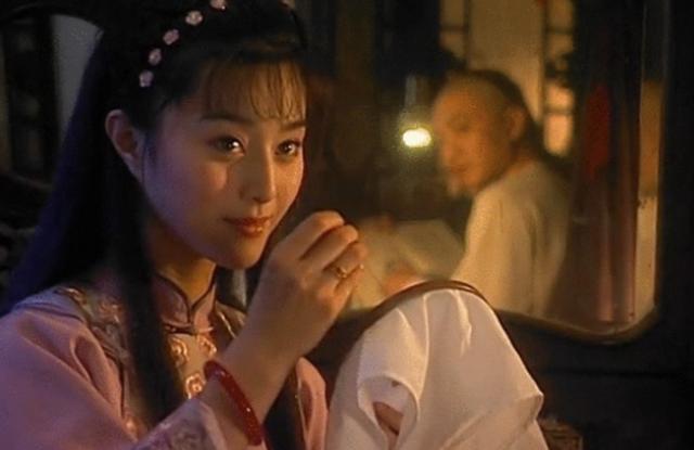 Vạn người theo đuổi nữ hoàng Phạm Băng Băng, chỉ có duy nhất một người từ chối hẹn hò-3