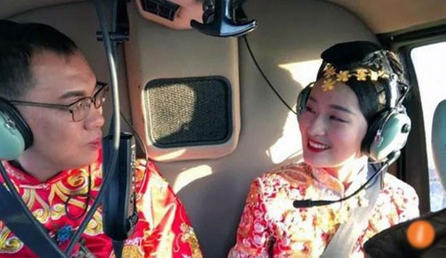 Chú rể Trung Quốc chơi trội thuê trực thăng đón dâu-1