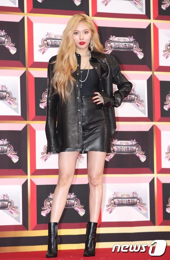 Thảm đỏ KBS Gayo Daejun: HyunA sexy nổi bật, loạt mỹ nam tạo dáng khó đỡ-4
