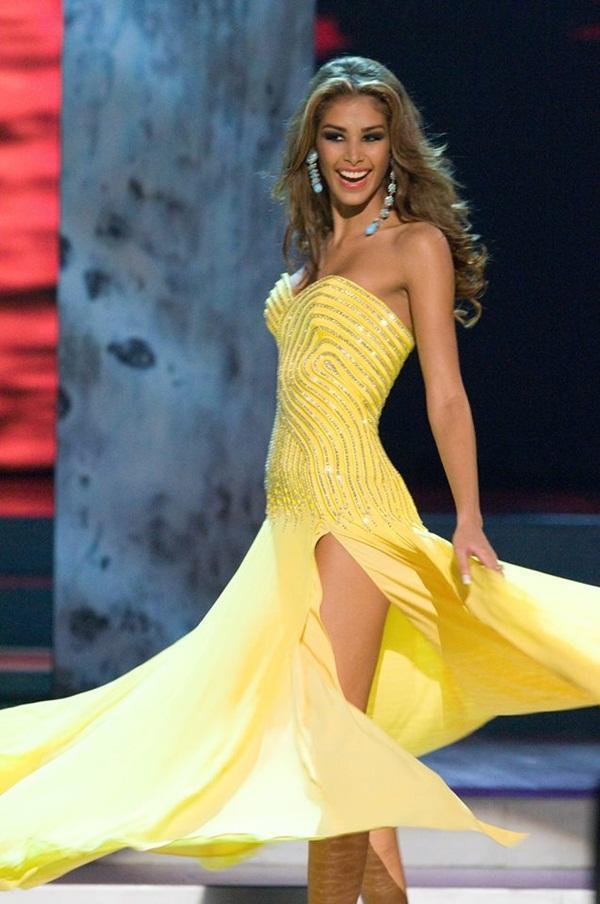 Tượng đài sắc đẹp Dayana Mendoza trở lại Việt Nam sau 10 năm đăng quang Hoa hậu Hoàn vũ-4