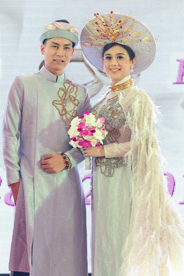 Thanh Thảo tiết lộ chuyện Lâm Khánh Chi lén lút mặc đầm của mình khi chưa chuyển giới-1