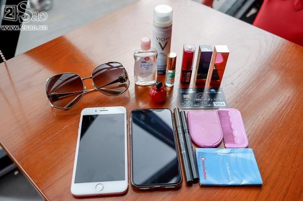 Khám phá món đồ rẻ tiền không thể ngờ trong túi xách trăm triệu của Phương Trinh Jolie-3