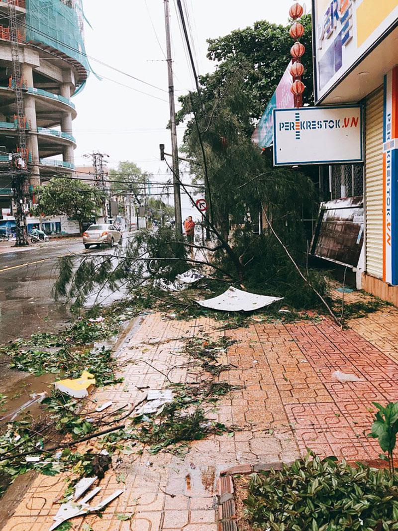Nhìn lại 16 cơn bão đổ bộ Biển Đông chỉ trong vòng nửa năm 2017 - Điều chưa từng có trong lịch sử-11