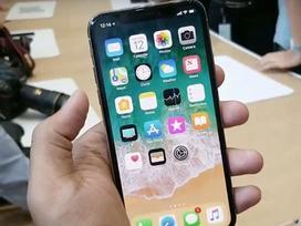 NÓNG: 'Bán ế', Apple giảm giá iPhone X để kích cầu