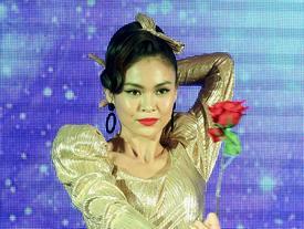 Hóa thân thành 'Cô Ba Sài Gòn', Mâu Thủy tỏa sáng trong phần thi tài năng