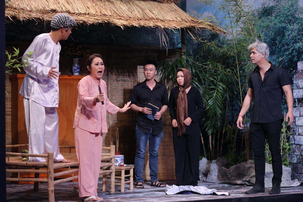 Trường Giang khoe tuyệt chiêu khóc mướn kiếm tiền từ Hoài Linh-3