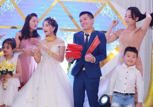 5 đám cưới gây ồn ào trên mạng xã hội-5