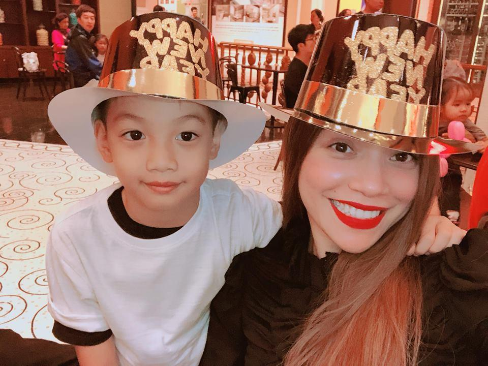 Sao Việt tổng kết năm cũ, đón chào năm mới trong rộn ràng sắc xuân-1