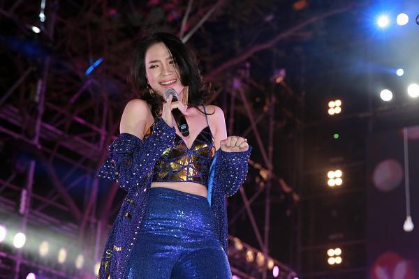 Mỹ Tâm, Sơn Tùng đốt cháy đêm nhạc mừng năm mới-3