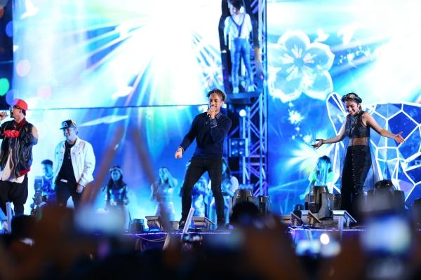 Mỹ Tâm, Sơn Tùng đốt cháy đêm nhạc mừng năm mới-12