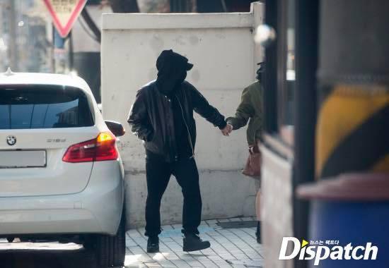 Showbiz Hàn rộn ràng khi Dispatch chơi lớn, tung ảnh 2 cặp đôi hẹn hò ngày đầu năm-11