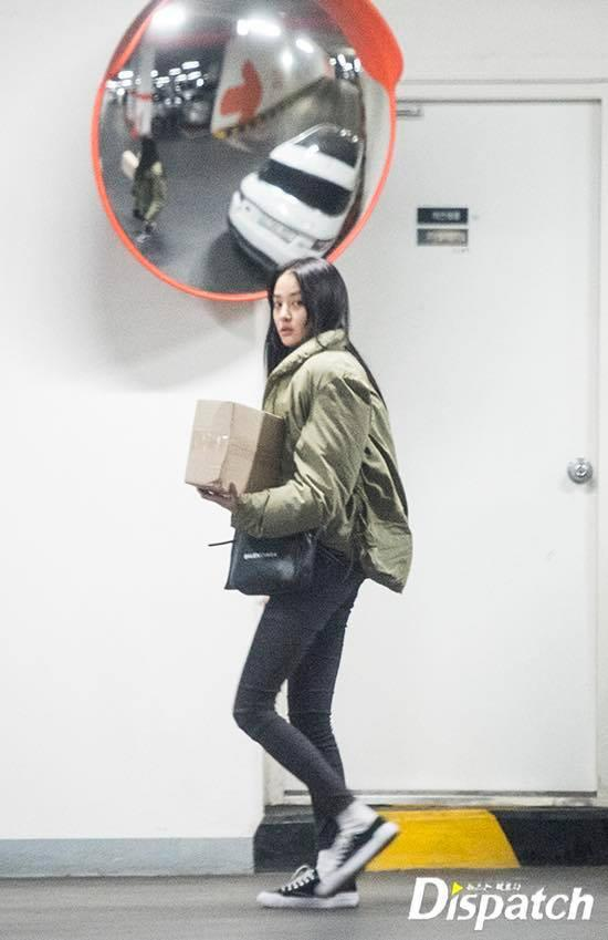 Showbiz Hàn rộn ràng khi Dispatch chơi lớn, tung ảnh 2 cặp đôi hẹn hò ngày đầu năm-3