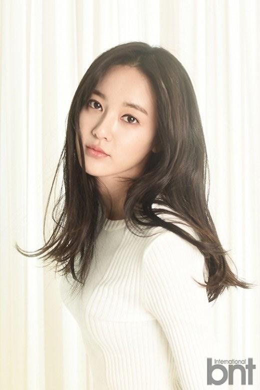 Lee Joo Yeon - Bạn gái của G-Dragon là thần thánh phương nào?-7