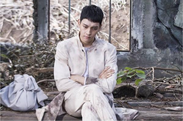 Những ác quỷ đội lốt người khiến khán giả ớn lạnh của màn ảnh Hàn năm 2017-5