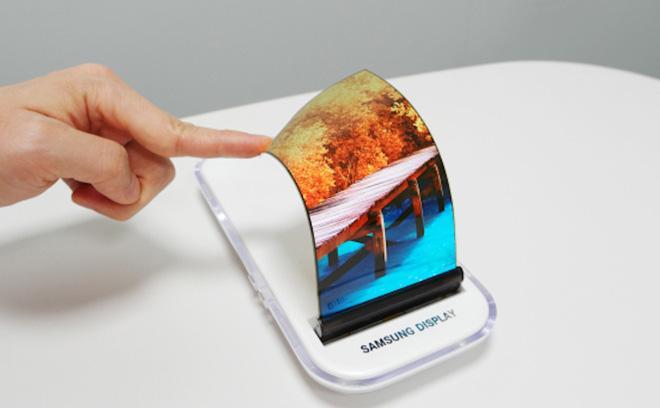 Samsung nộp bằng sáng chế màn hình hiển thị có thể cuộn lại-1