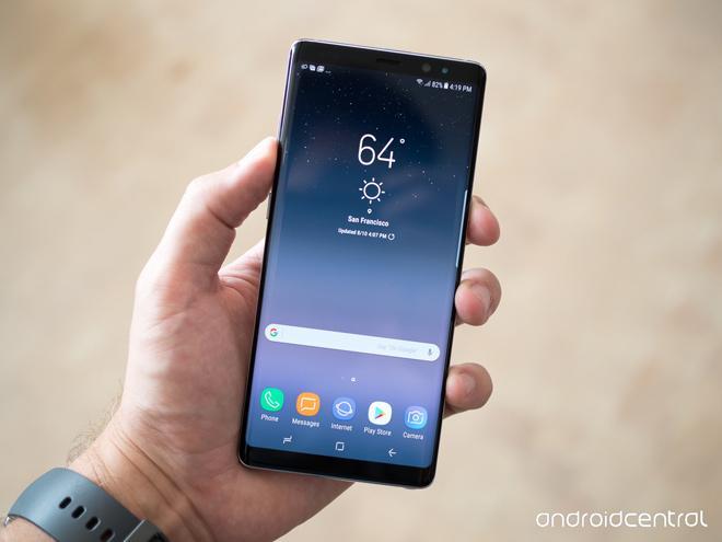 Mẫu smartphone có màn hình tràn viền đáng mua nhất đầu 2018-3