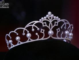 Không chỉ Hoa hậu, Á hậu Hoàn vũ Việt Nam 2017 cũng được trao vương miện tiền tỷ