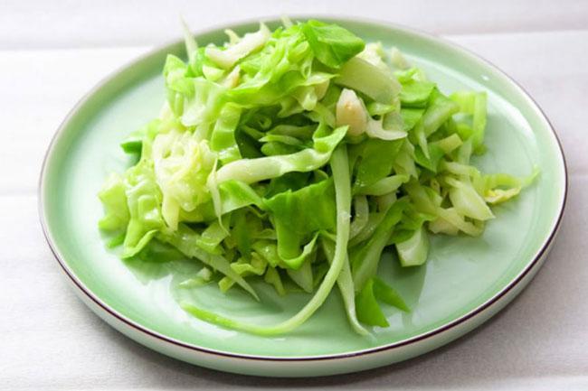 Những món ăn ngon dễ làm từ bắp cải-3