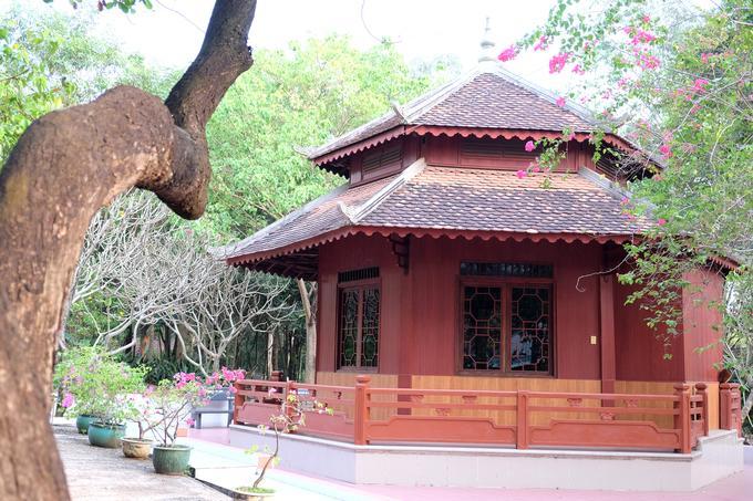 Ngôi chùa đẹp như tranh ở ngoại ô Sài Gòn-10