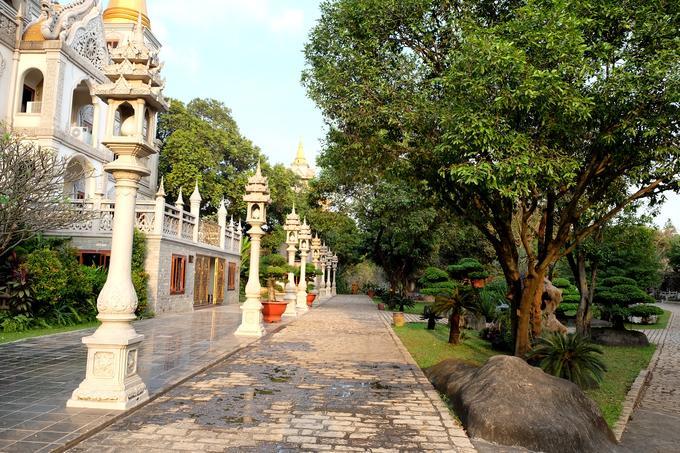 Ngôi chùa đẹp như tranh ở ngoại ô Sài Gòn-11