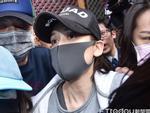 Trần Kiều Ân lên tiếng xin lỗi, xuất hiện phờ phạc tại đồn cảnh sát