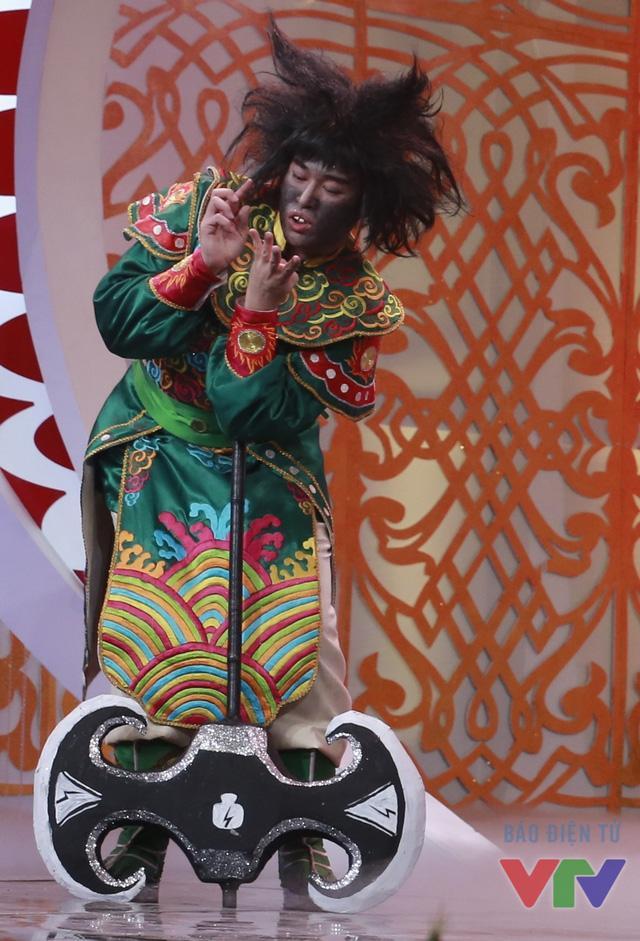 Top 5 mỹ nam đóng Thiên Lôi đáng yêu nhất của Táo Quân qua các năm-2