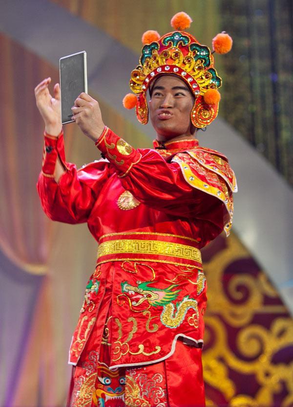 Top 5 mỹ nam đóng Thiên Lôi đáng yêu nhất của Táo Quân qua các năm-1